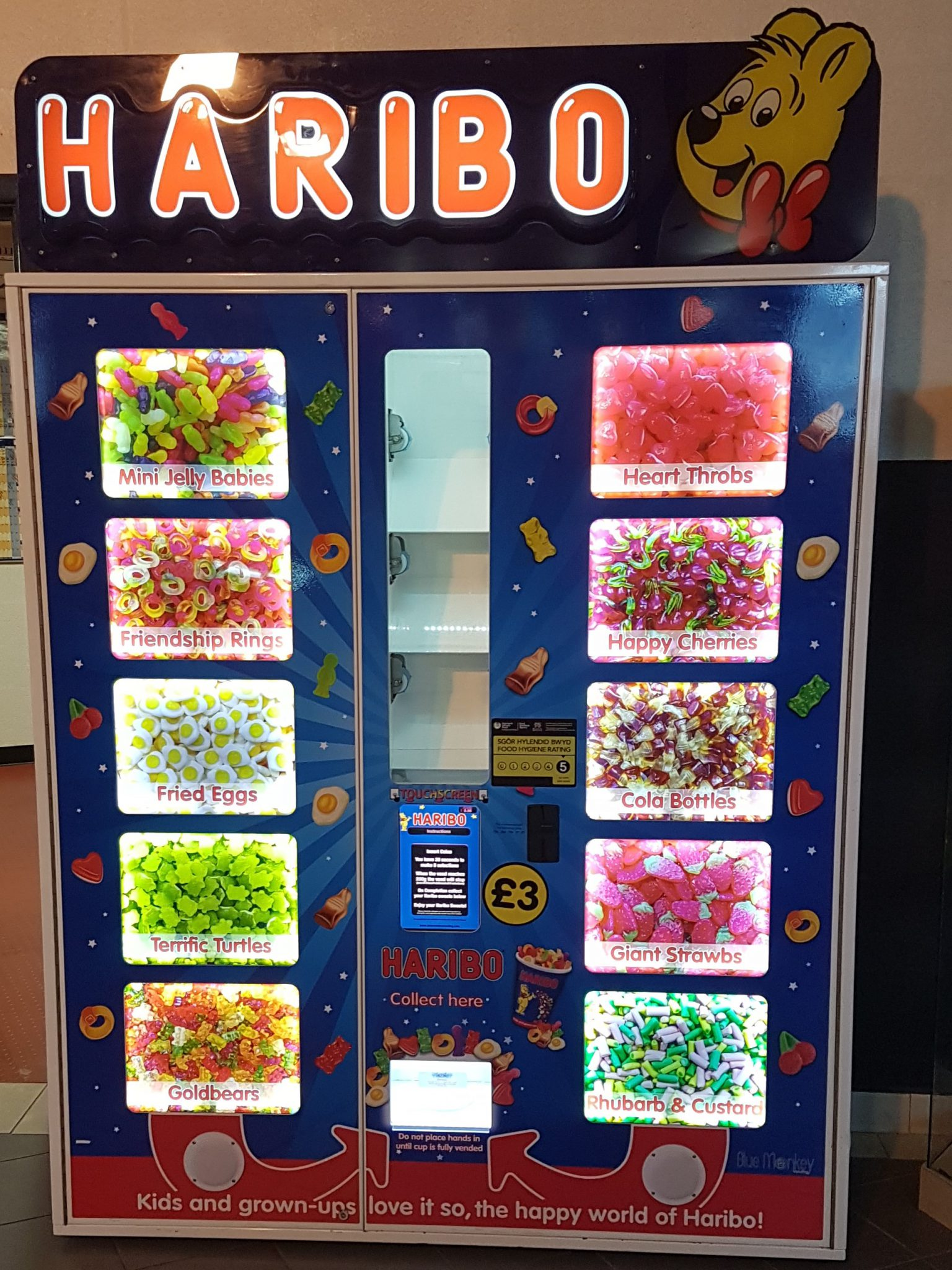 Blue Monkey Vending Haribo at Park Dean Resorts Trecco Bay